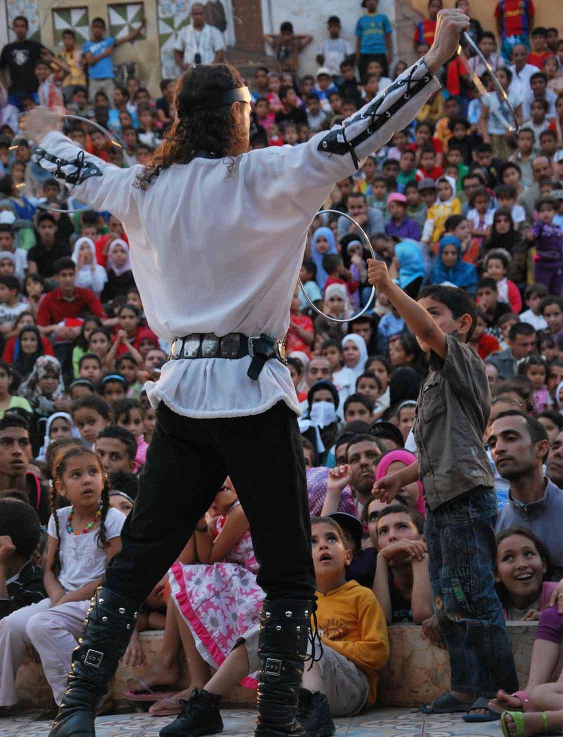 Spectacle de magie en Algérie avec Loran magicien illusionniste